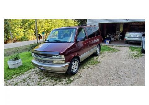 2004 Chevrolet Astro Van